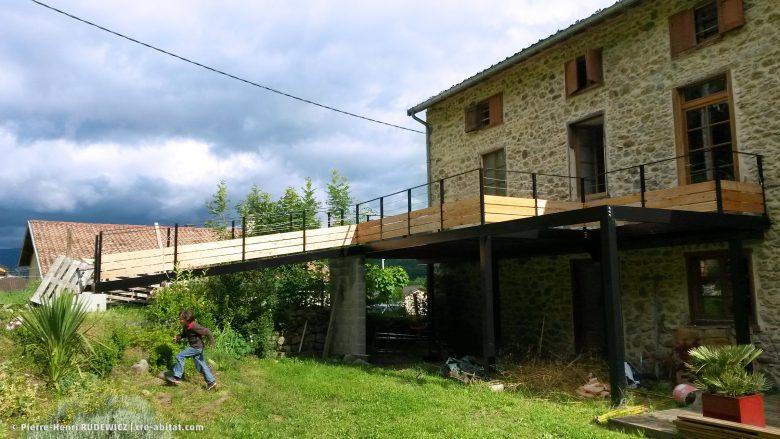 Terrasse en bois structure métal - Vue d'ensemble